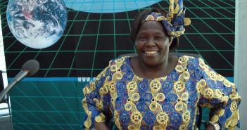 Nobel Prize laureate Wangari Maathai of Kenya © 360b/Shutterstock
